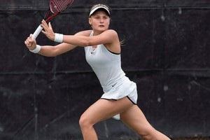 Украинка Ястремская выиграла титул в Риме, разгромив россиянку